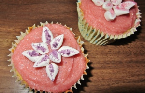 marshmallow-flower-cupcakes